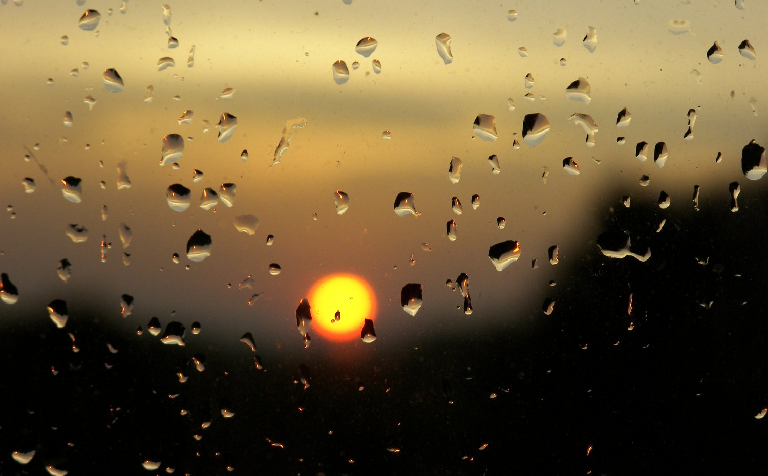Sunset with raindrops - - Sunset with raindrops - Kodak P880 - Tony Karp, design, art, photography, techno-impressionist, techno-impressionism, aerial photography , drone , drones , dji , mavic pro , video , 3D printing - Books -