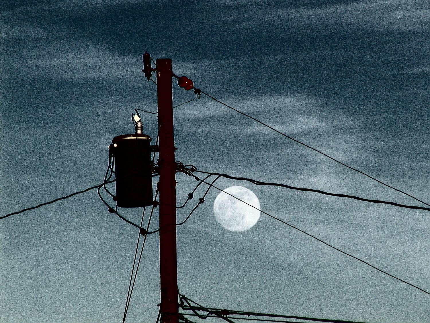 the moon against power lines - Powerline moon - Olympus C-2100UZ - Tony Karp, design, art, photography, techno-impressionist, techno-impressionism, aerial photography , drone , drones , dji , mavic pro , video , 3D printing - Books -