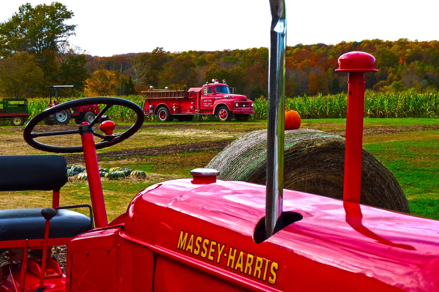 Warrenton, Virginia-  Panasonic DMC-FZ35 - An old tractor along with an old fire engine. - Tony Karp, design, art, photography, techno-impressionist, techno-impressionism, aerial photography , drone , drones , dji , mavic pro , video , 3D printing - Books -