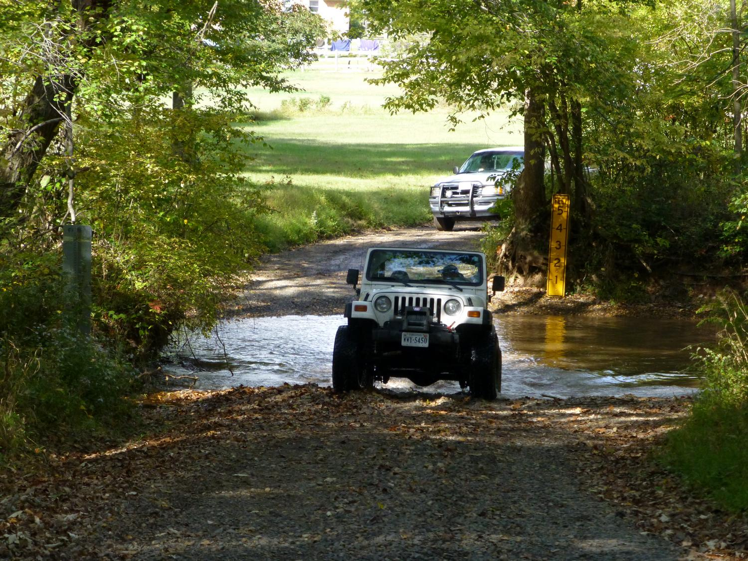 - A Jeep crossing Bull Run <br>--- Click to see ORIGINAL --- - Panasonic DMC-ZS20 - Tony Karp, design, art, photography, techno-impressionist, techno-impressionism, aerial photography , drone , drones , dji , mavic pro , video , 3D printing - Books -